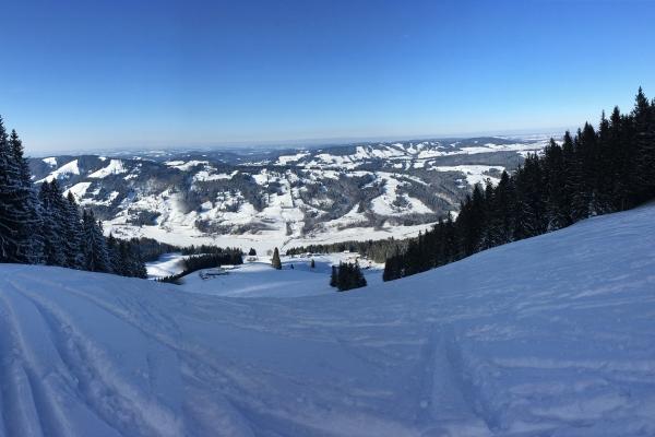 Vom Gipfel im Winter